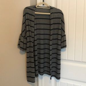 Sweaters - Black and grey stripped open cardigan